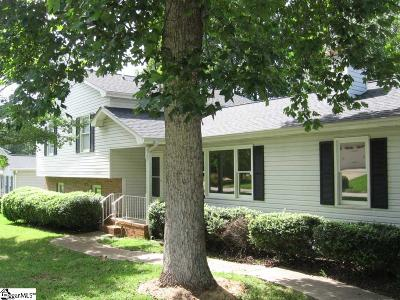 Simpsonville Single Family Home For Sale: 302 Waterbury