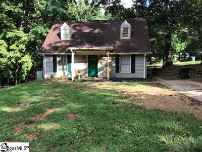 Simpsonville Single Family Home Contingency Contract: 1502 E Yellow Wood