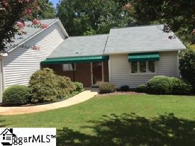 Single Family Home For Sale: 200 Creek Forest