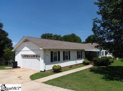 Single Family Home For Sale: 205 Gravely