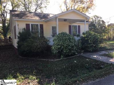 Greenville Single Family Home For Sale: 104 Bainbridge
