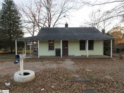 Greer Single Family Home For Sale: 102 McDaniel