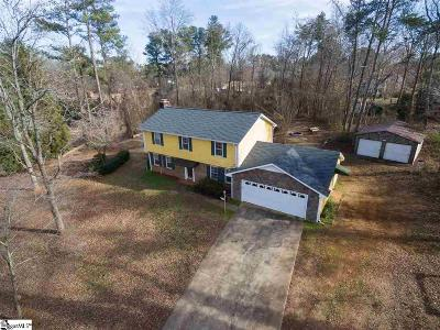 Inman Single Family Home For Sale: 140 Chestnut Lake