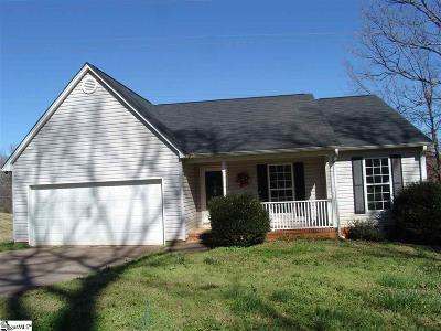 Greenville Single Family Home For Sale: 202 Berea Forest