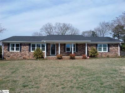 Easley SC Single Family Home For Sale: $194,500