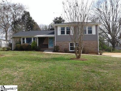 Greenville County Single Family Home For Sale: 24 N Harbor