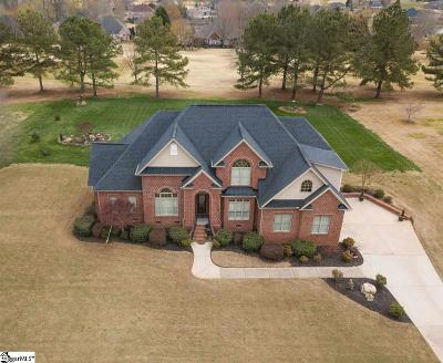 Willow Creek Single Family Home For Sale: 200 Tupelo
