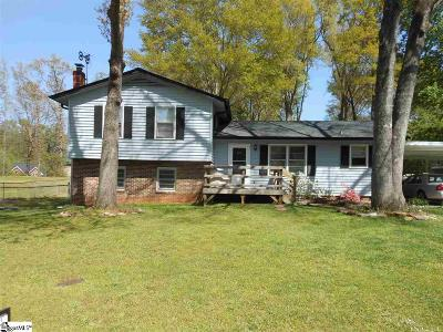 Simpsonville Single Family Home For Sale: 209 Corkwood