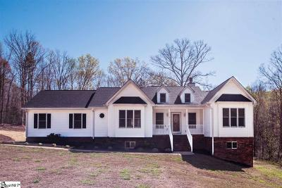 Simpsonville Single Family Home For Sale: 105 Oak Crest