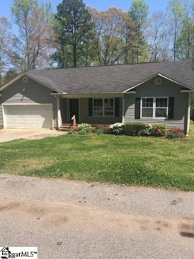 Greenville Single Family Home For Sale: 212 Stratford