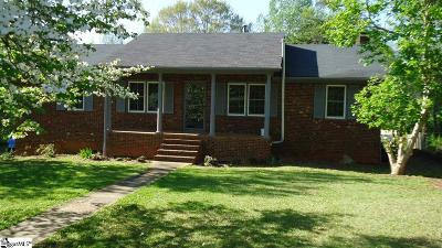 Boiling Springs Single Family Home For Sale: 119 Woodshire