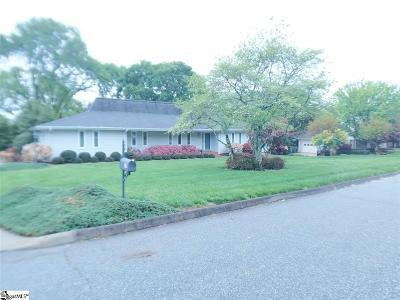 Greenville Single Family Home For Sale: 17 Parliament