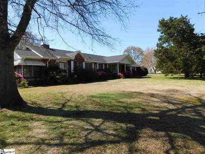 Greenville Single Family Home For Sale: 8 Hull