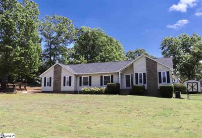 Boiling Springs Single Family Home For Sale: 102 Hunter Ridge