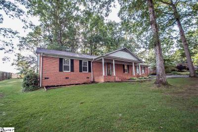 Easley Single Family Home For Sale: 150 Lake Forest