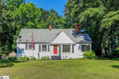 Greenville Single Family Home For Sale: 319 Pine Knoll
