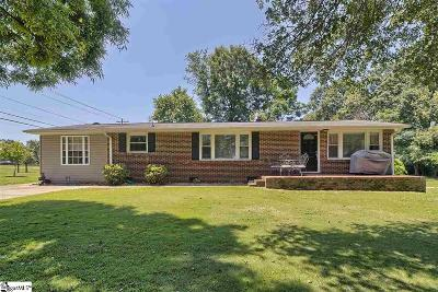 Mauldin Single Family Home For Sale: 104 Banner
