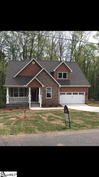 Greenville Single Family Home For Sale: 1605 East Saluda Lake
