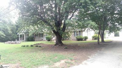 Taylors SC Single Family Home For Sale: $295,000