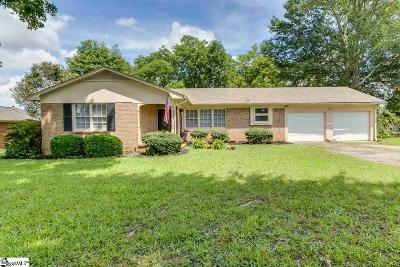 Easley Single Family Home For Sale: 104 James