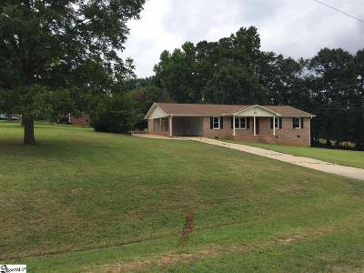 Piedmont Single Family Home For Sale: 211 Bentwood