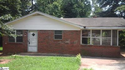 Greenville Single Family Home For Sale: 107 Blossom