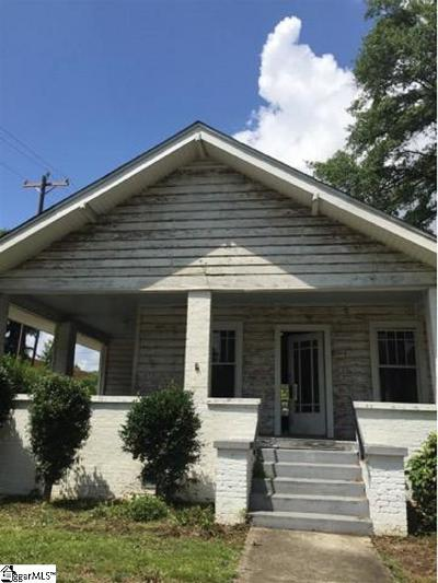 Greenville Single Family Home For Sale: 214 Augusta