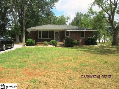 Laurens Single Family Home For Sale: 103 Campbell