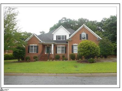 Simpsonville Single Family Home For Sale: 705 Carriage Hill