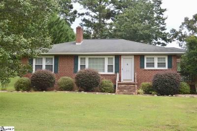 Belton Single Family Home For Sale: 216 Forest