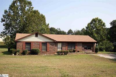 Piedmont SC Single Family Home For Sale: $115,000