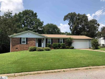 Simpsonville Single Family Home For Sale: 304 Sharondale