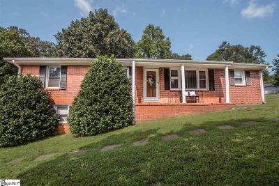 Greenville Single Family Home For Sale: 14 Hughes
