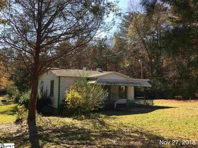 Single Family Home For Sale: 76 Blakelyville