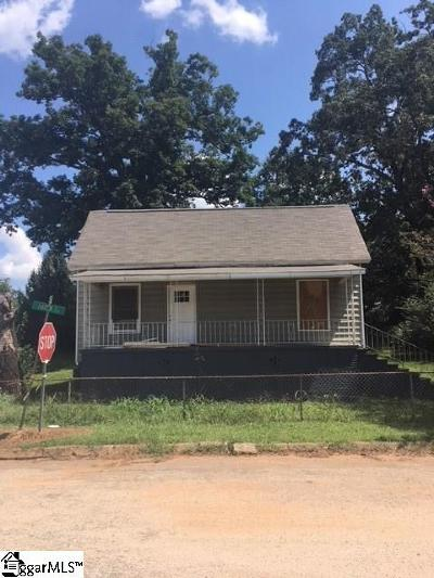 Greenville Single Family Home For Sale: 2 Hatch