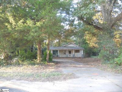Easley Single Family Home For Sale: 403 Gentry Memorial
