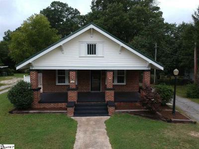 Clinton Single Family Home For Sale: 515 Musgrove