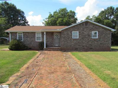 Simpsonville Single Family Home For Sale: 111 Adams Mill