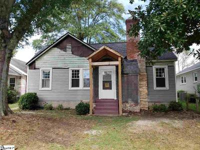 Greenville Single Family Home For Sale: 212 Augusta