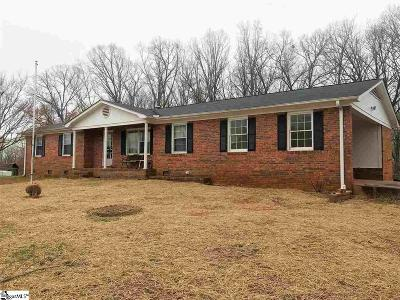 Pickens SC Single Family Home For Sale: $260,000