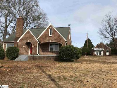 Laurens Single Family Home For Sale: 1301 Old Airport