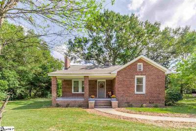 Single Family Home Sold: 225 E Peachtree