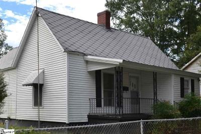 Clinton Single Family Home For Sale: 231 Oak
