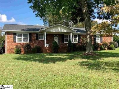 Inman Single Family Home For Sale: 620 Gowan