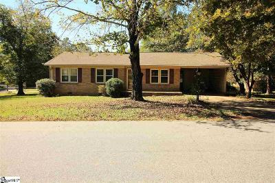 Easley Single Family Home For Sale: 214 Cedar