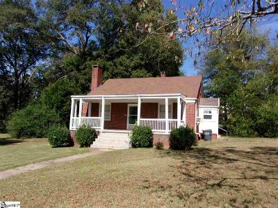 Laurens Single Family Home For Sale: 455 E Main