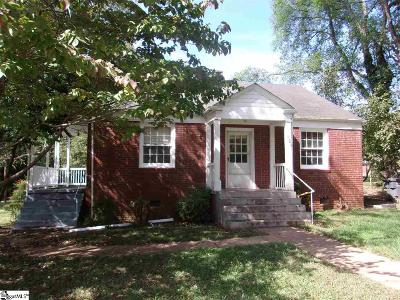 Laurens Single Family Home For Sale: 101 Holmes