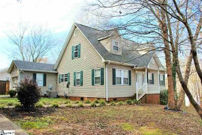 Easley Single Family Home For Sale: 111 Chedfrey Lar