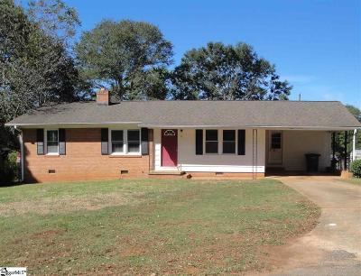 Greenville Single Family Home For Sale: 16 Wentworth