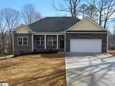 Easley Single Family Home For Sale: 105 Kennedy